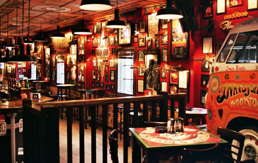 Decoracion tematica bares restaurantes vintage retro Rock & Roll musical (2)